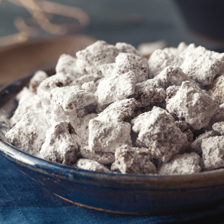 How to Make Puppy Chow