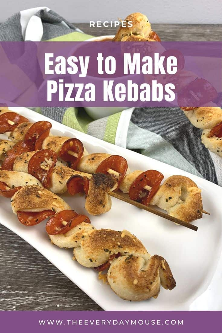 Who knew pepperoni pizza could be so fun? The kids will love to eat this quick & easy kebab pizza recipe for dinner or an easy afternoon snack.