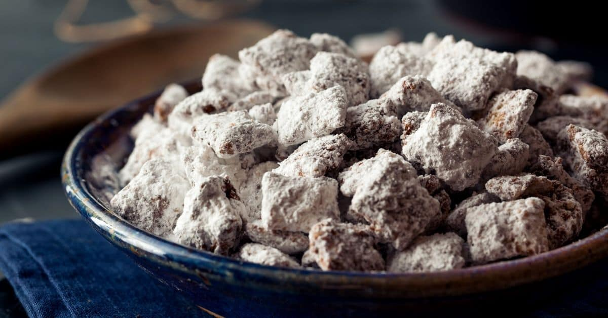How to Make Puppy Chow Recipe
