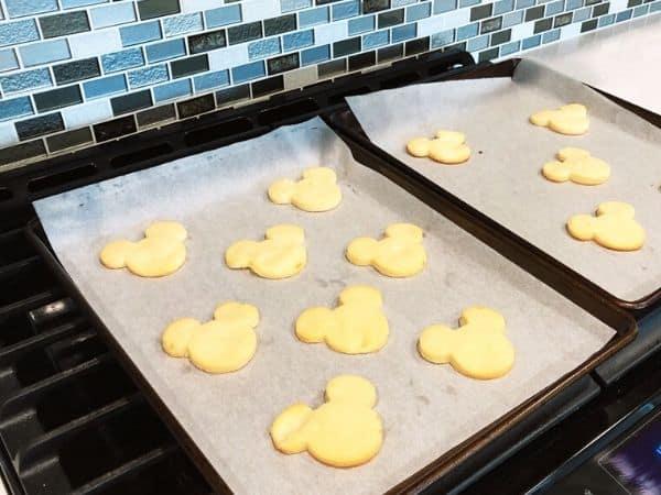 Mickey Lemon Shortbead Cookies Recipe