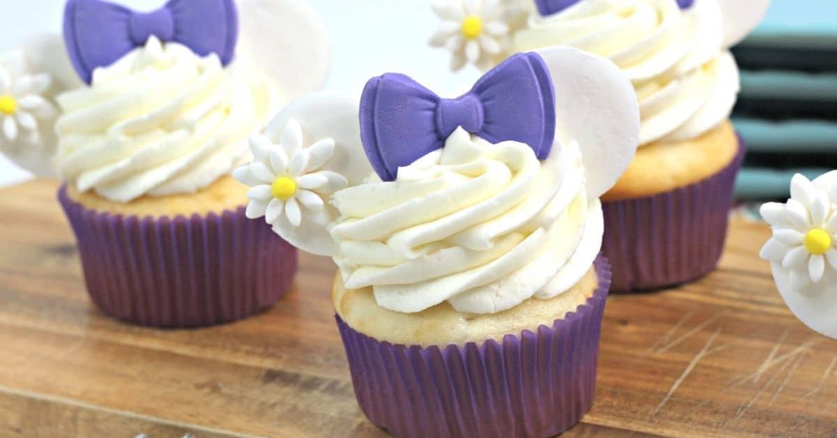 Disney Daisy Duck Cupcakes